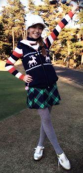 神戸蘭子ゴルフ衣装.jpg